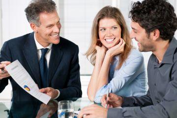 На консультации у банковского работника