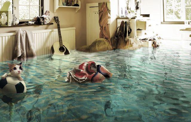 Комната в воде