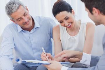 Необходимо ли согласие супруга на приобретение земельного участка