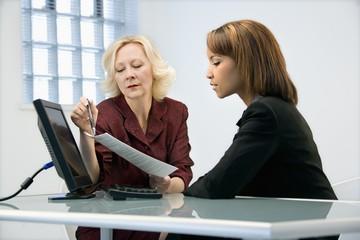 Обладает ли постоянная прописка преимуществами перед временной регистрацией